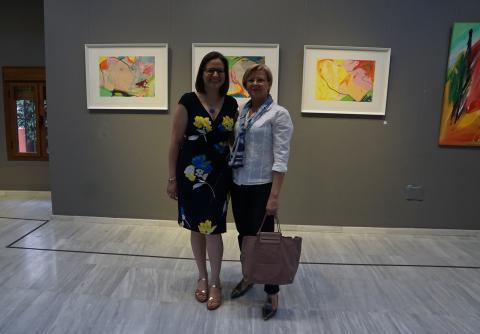 Antonia Blanco y Pepi en la inauguración de la exposición