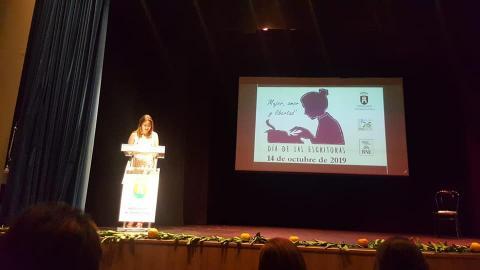 Durante el evento celebrado con motivo del Día de las escritoras