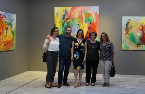 Antonia Blanco junto a amigos y familia